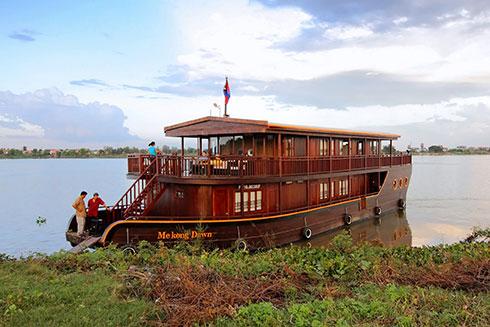 Mekong-Dawn_pkd_w