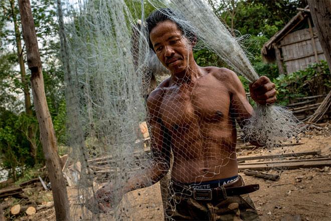 Bunong-Fisherman_Luc-Forsyth